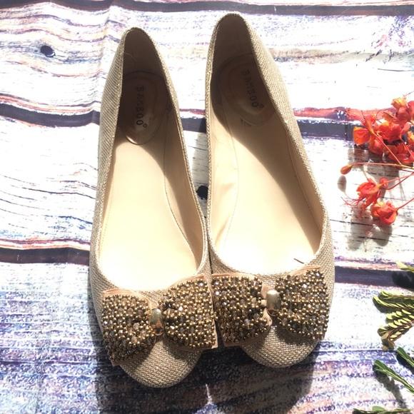 09e02f0a4cd89 BAMBOO Shoes - Bamboo glittery gold bow toe flats